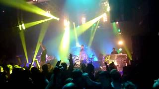 Chase and Status feat Maverick Sabre - Fire In Your Eyes (Live)