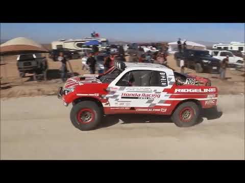 Alexander Rossi near miss in Baja 1000