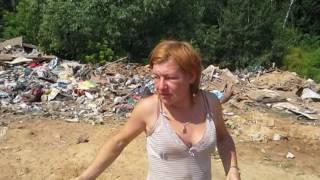 Чехов против мусорных барыг - женщина бомж.