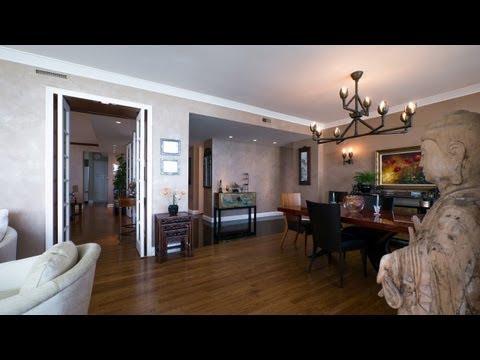 A Gold Coast custom home on a high-floor corner