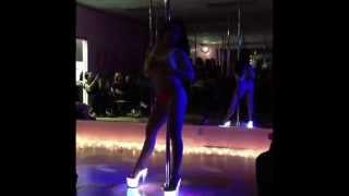 Pandora - Feels Like Vegas - lapdance lap dance floor chair tease