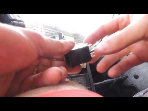 Как поменять на кнопке  аварийной остановки лампочку  на ВАЗ 21(10-11-12)