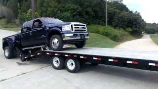 How not to load a truck on a trailer - Как НЕ надо погружать авто на трейлер.
