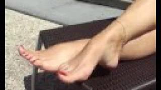 aga feet no2