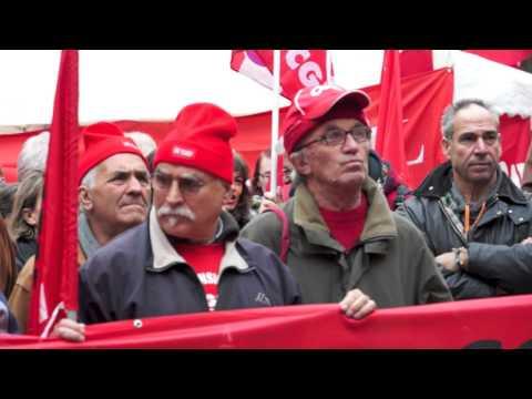 La Cgil occupa Piazza Podestà a Varese