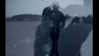 Πρώτο σύμπτωμα τα ναμεπροσεχάδικα (από Khan, 27/04/11)