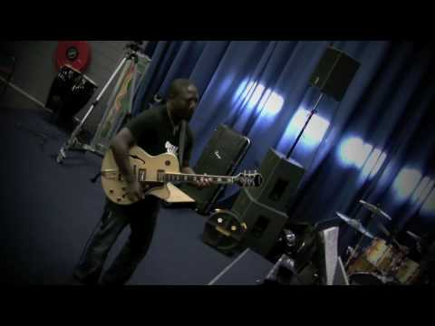 Agboola Shadare - Rehearsal with a band