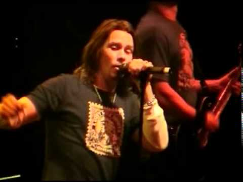 Alter Bridge - Shed My Skin (live)