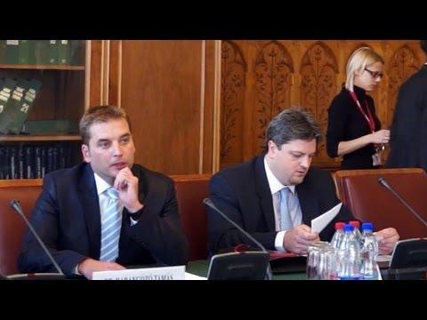 'Szánalmas és gátlástalan' a Fidesz eljárása