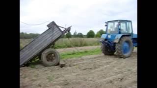 ЮМЗ . Или как погрузить контейнер в прицеп трактором без помощи крана. Container trailer tractor