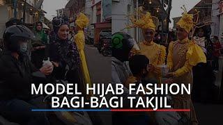 Mengintip Aksi Make Up Artis, Desainer dan Model Turun ke Jalanan di Kota Tua Padang Bagikan Takjil