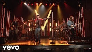 Maroon 5 - Animals (Live On SNL)