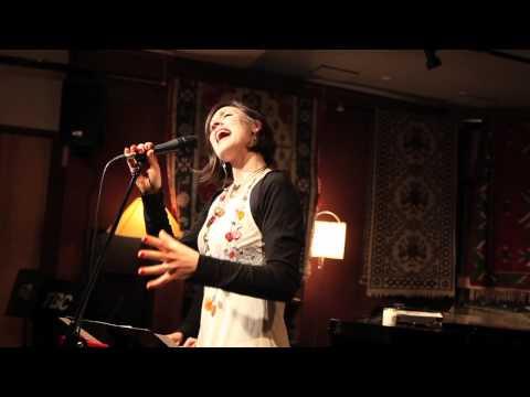 Gabriela Martina - Love Me (Lily Pad 2012)
