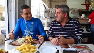 preview picture of video 'Massaad Barbecue Zahle: Tabliyet Chicken Taouk'