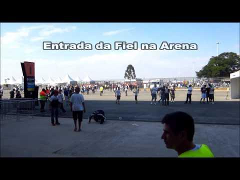 Fiel cria um cordão alvinegro entre estação e Arena Corinthians