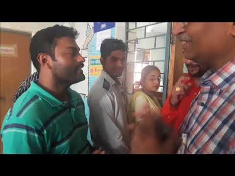 Delhi Health Minister Satyender Jain Surprise Visit in Mohalla Clinic burari Clip 2