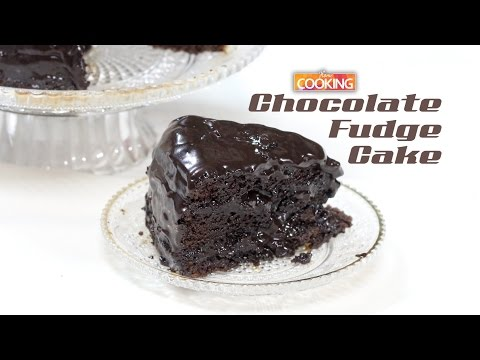 Video Easy Chocolate Fudge Cake  |  Home Cooking