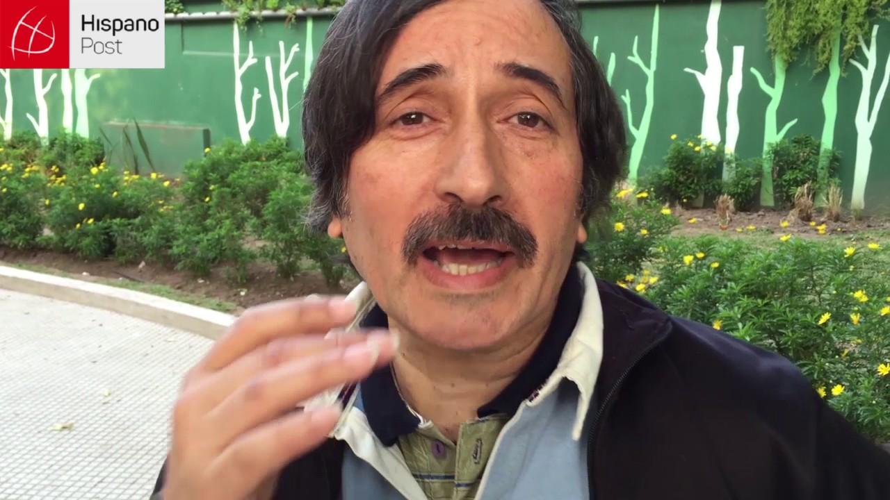 Argentino deslumbra al cantar temas al revés con pasmosa facilidad