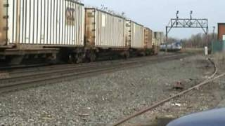 preview picture of video 'Amtrak Meets Intermodal at CP286 in East Syracuse'