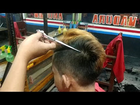 How To Get A Quiff Hairstyle Mens Quiff Haircut Tutorial Paul