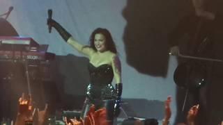 """Tarja Turunen sings """"Falling awake"""" at Alcatraz (Milan) on 17.10.18"""
