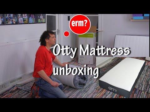 Otty gel memory foam mattress unboxing 2018 – 2000 pocket springs
