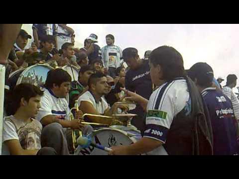 """La Banda Aeronauta (entretiempo) Jorge Newbery - Germinal. 09/02/13"" Barra: La Banda Aeronauta • Club: Jorge Newbery de Comodoro"