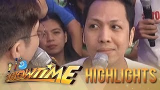 It's Showtime: Vice seeks advice on how to win Atom's heart