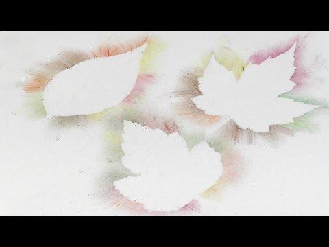 Silhouettes de feuilles avec poussière de couleur