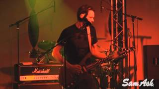 "Paul Gilbert Covers ""Cheap Sunglasses"" - Sam Ash Music Las Vegas"