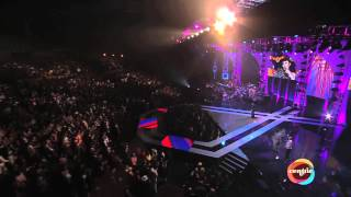 "2012 Soul Train Awards Fantasia Performs Aretha Franklin's ""Don't Play That Song For Me"""