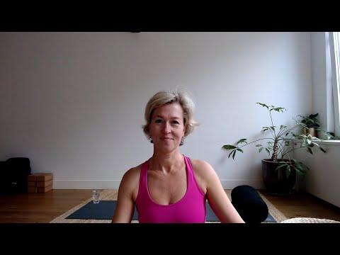 Yin with Debbie van Leeuwen