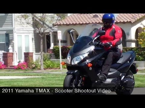 MotoUSA Scooter Shootout: 2011 Yamaha TMAX