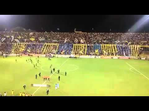 """Rosario Central vs Palmeiras - Salida equipos Gigante de Arroyito Copa Libertadores 2016"" Barra: Los Guerreros • Club: Rosario Central"