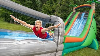 Video WORLDS BIGGEST INFLATABLE OBSTACLE COURSE!! (IN OUR BACKYARD) MP3, 3GP, MP4, WEBM, AVI, FLV Agustus 2019