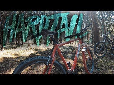 Hardtail gegen Fully - Downhill Rennen mit 18 Jahre altem Mountainbike   Fabio Schäfer