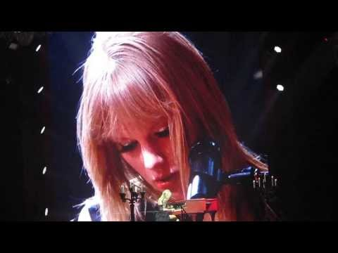 """""""All Too Well"""" (including intro speech) - Taylor Swift RED Tour Nashville 9/19/13"""