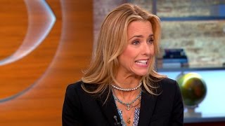 "Tea Leoni returns to TV in ""Madam Secretary"""