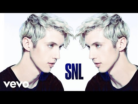 Troye Sivan – The Good Side (Live on SNL)