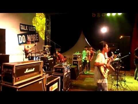 feel high reggae live in (rangkasBitung)banten.