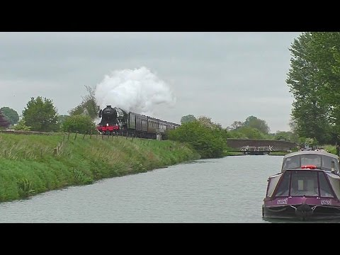 60103 'Flying Scotsman' emergency stop due to trespass incid…