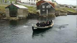 preview picture of video 'Suðuroyingur verður flotaður 3. apríl 2012'