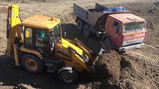 Трактор JCB с Ковшом в Роботе Tractor JCB