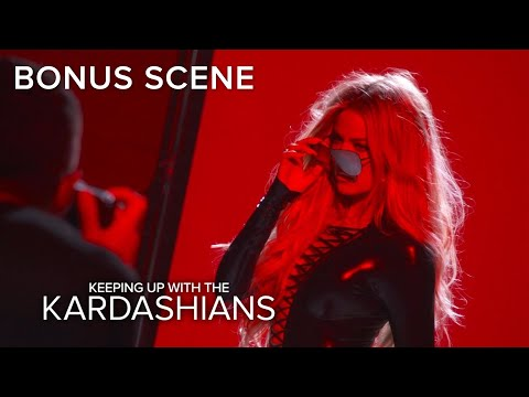 KUWTK | Khloe Kardashian Stuns at