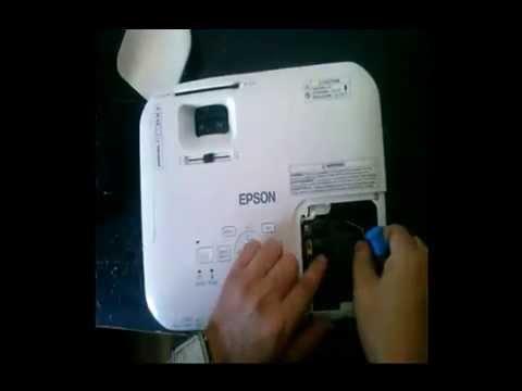 Como cambiar lámpara a proyector de video Epson facilmente paso a paso