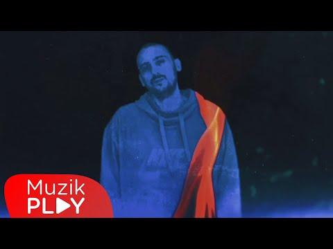 Ege Çubukçu - Sahte Peygamberler (Official Video) Sözleri