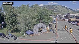 Jackson Wyoming Town Square Live Webcam – SeeJH.com