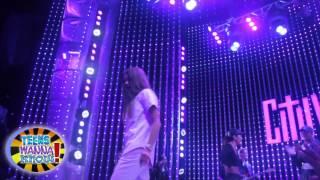 Zendaya Coleman, 18 cентября Зендая выступила на шоу Extra TV в Universal City Walk