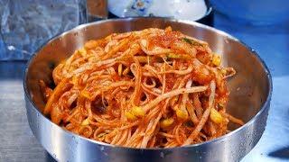 Korean Spicy Noodle (Spicy Ramen) / Korean street food / 제일시장 비빔국수
