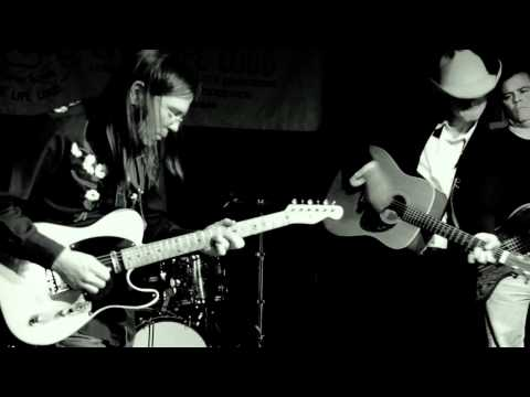 """Ryan Racine & Gas For Less """"Mama Tried"""" Live at The Lager House 1/21/2012"""